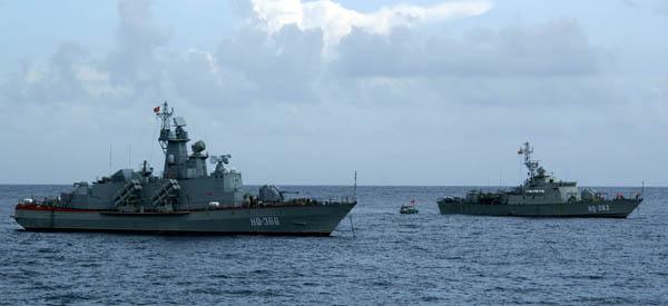 -2013: Việt Nam là khách hàng lớn thứ hai mua vũ khí Nga