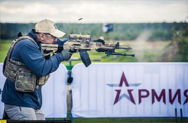 Quân Nga biên chế hàng loạt vũ khí mới: Hổ thêm cánh ảnh 1