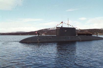 Nga dụ Indonesia mua 10 tàu ngầm