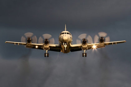 Máy bay do thám Mỹ bám sát tàu Trung Quốc trên Biển Đông