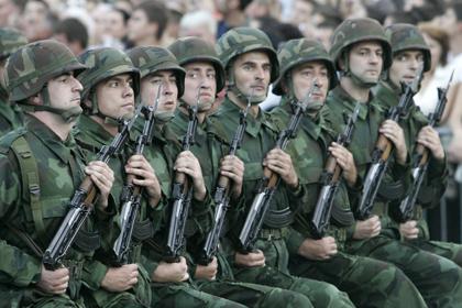 Serbia yêu cầu Nga giúp hiện đại hóa quân đội