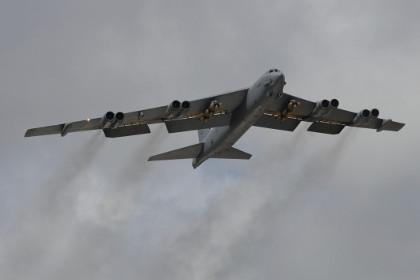 Tăng 50% vũ khí chính xác cho pháo đài bay B-52