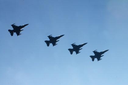 Hàn Quốc thuê 60 Fighting Falcon