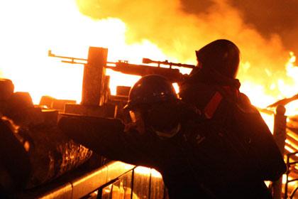 Ukraine xin súng đạn, Mỹ cho… lương khô