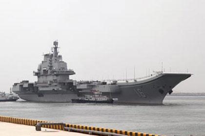 Liêu Ninh tập đánh tàu sân bay Mỹ